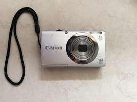 Vendo camara Canon.