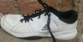 Zapatillas adidas ambition,excelentes