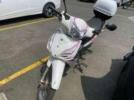 Vendo moto victory one con papeles al dia unico dueño