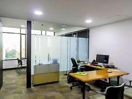 En Arriendo Oficina  por el Poblado Astorga . Cod PR : 8351