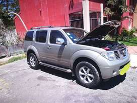 Se vende Nissan pathinder