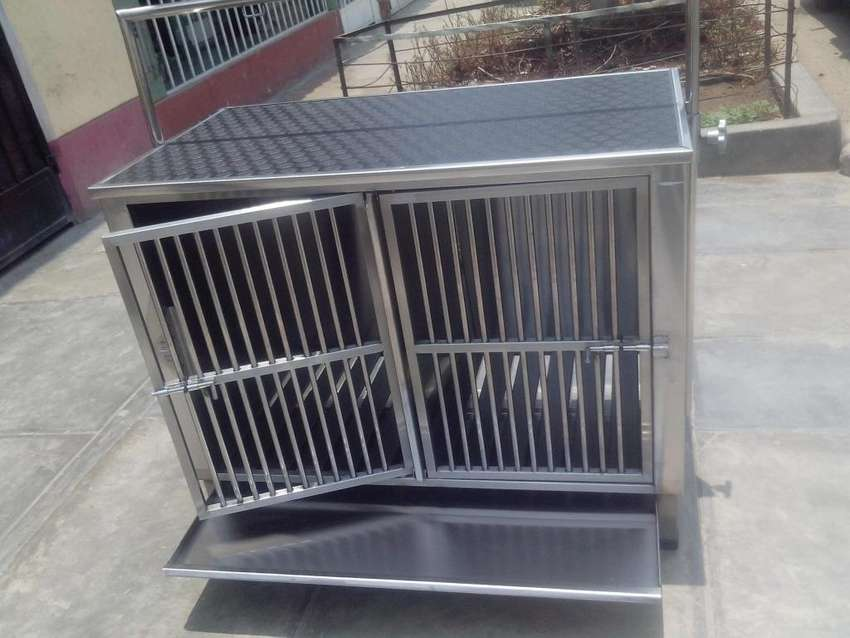 Mobiliario Veterinario en Acero Inox