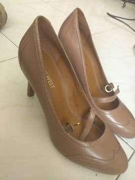 Zapatos new west casi nuevos