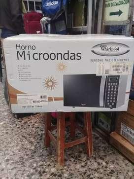 HORNO MICROONDAS MARCA WHIRPOOL NUEVO