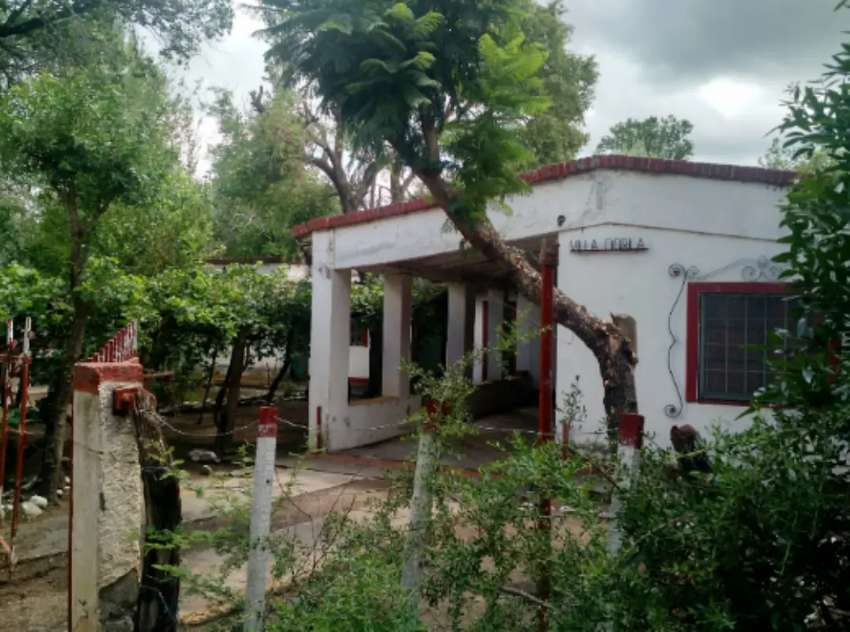San Luis: Casa con terreno.