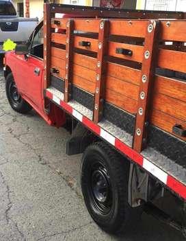Camioneta TOYOTA HILUX de Estacas 1993