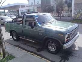 Ford f 100 impecable vendo o permuto por vehículo más grande