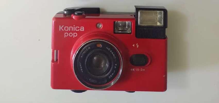 Konica Pop culto 35mm Cámara Compacta completo funcionamiento Lomo Retro! Rojo 0