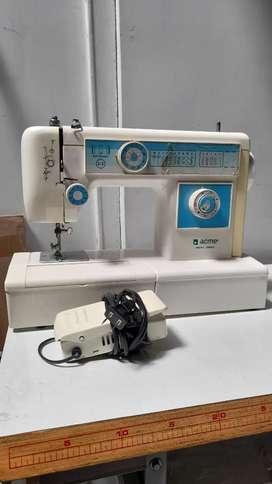 Maquina de coser ACME