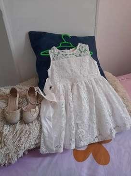 Hermoso Vestido y zapatillas para niñas