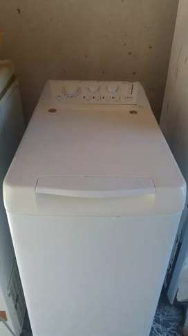 Vendo lavaropa autatico ariston inpecable bien cuidado