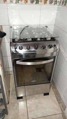 Vendo cocina haceb como nueva