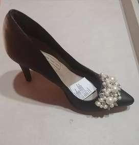 Zapatos europeos de mujer elegantes en oferta Los vendo porq no me quedaron