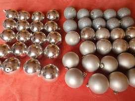 Bolas de navidad medianas