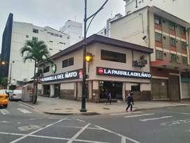 Se Vende Excelente Local Comercial Esquinero, 950 m², Centro de Guayaquil, alta afluencia de personas