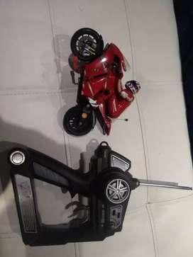Ducati Valentino Rossi RC