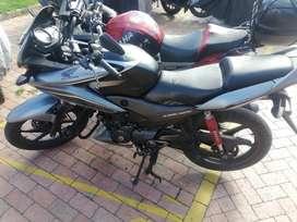 Vendo moto honda cbf125 en buen estado estado