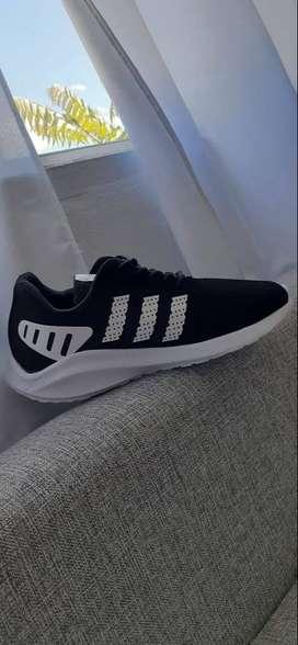 Zapatillas Adidas Unisex 2020 Negras y Blancas