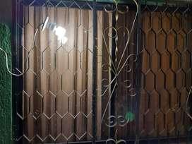Se venden 3 ventanas de 1,49 de largo y 1,22 de ancho , entrega inmediata !! Comunicate , ambas en 200.000