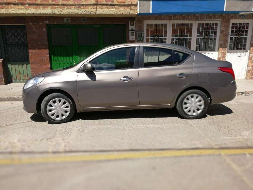 Vendo O Permuto Nissan Versa 2012 0