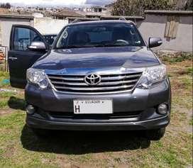 Toyota Fortuner 2013, 2.7