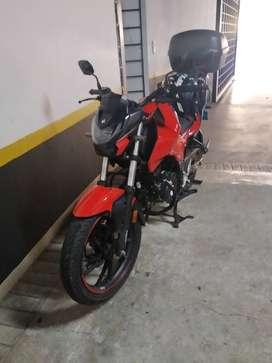 Vendo moto hero hunk 160R modelo 2022