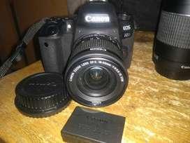 camara Canon 77D