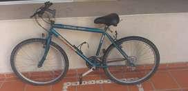 Liquido bicicleta bianchi rodado 26 color verde poco udo frenos Shimano