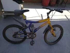 Vendí bicicleta pequeña