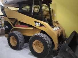 MINICARGADOR CAT 252B