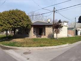Hermosa casa en el sur de la ciudad de San Nicolás. Apta para crédito.