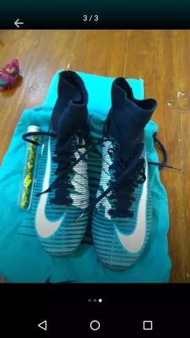 Botines alta gama Nike mercurial