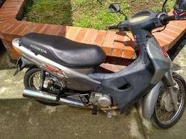 Honda Biz 100cc Modelo 2004 Único dueño,  Seguro y tec 2020