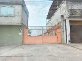 Casa con Planta Industrial en Balzar