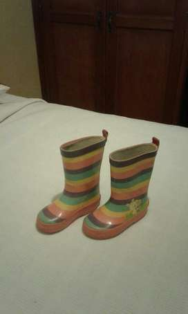Botas Marca Fisher Price Talla 24