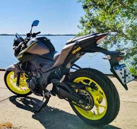 Vendo YAMAHA MT03