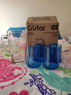 Se vende set cristar jarra + 4 vasos