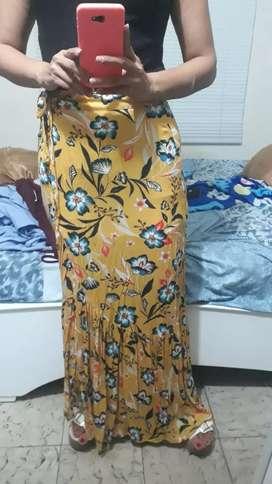Falda talla s marca edc nueva