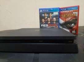 PS4 SLIM 1TB 1 joystick 3 JUEGOS  Vendo o permuto más info abajo