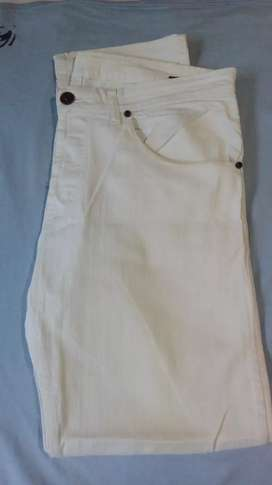 Vendo pantalon tascani blanco