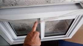 Vendo ventana de aluminio blanca