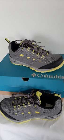 Zapatilla columbia ,no norface ,no adidas, no nike