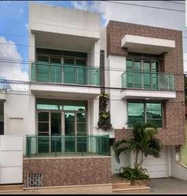 Casa Junto Al Parque Los Libertadores