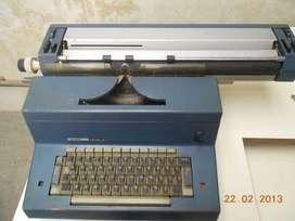 (CASEROS) Maquina De Escribir Elèctrica Olivetti Tekne 3