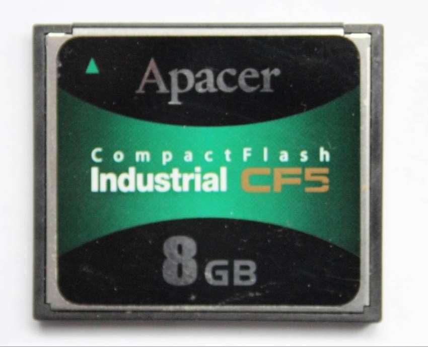 Tarjeta Memoria Compact Flash Apacer Industrial 8GB CF5 0