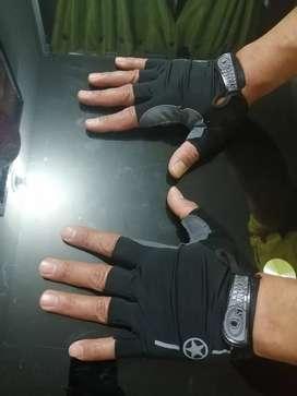 Guantes para entrenamiento en tela elástica palma en gel