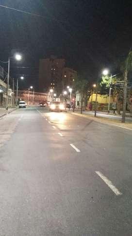 VENDO SEMIPISO EN PIÑEYRO-AVELLANEDA, 1º PISO SOBRE LA AV. RIVADAVIA AL 200 FRENTE A LA PLAZA MARCELINO UGARTE - A 500 M