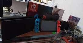 Nintendo Switch +  Caja Original + PROTECTOR DE VIDRIO + Juego + MicroSD 32 gb
