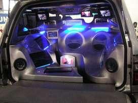 Instalaciones de lujo o simples de consolas dvd radio bafles para carro o camioneta en cali