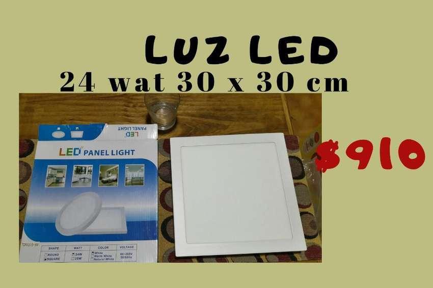 Luz Led 24 W. 0